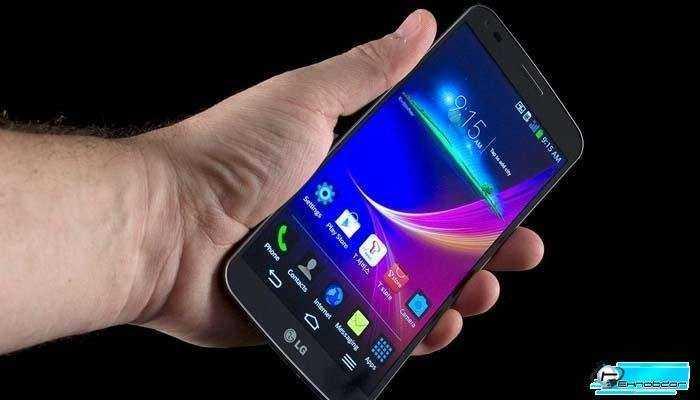Для массивного телефона G Flex является чрезвычайно удобным устройством.