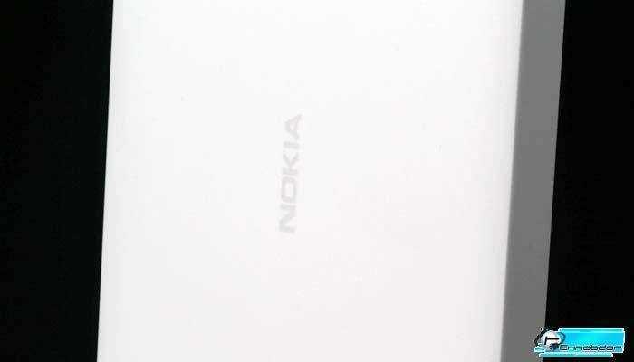 Белый Nokia Lumia 635