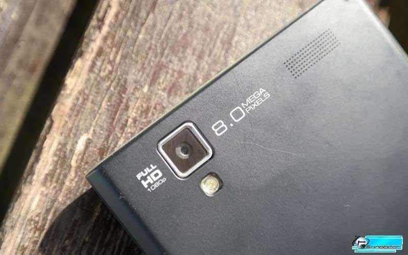 камера MyPhone Luna