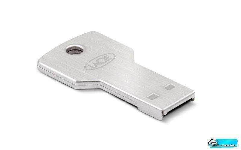 LaCie PetiteKey (32GB) Flash Drive