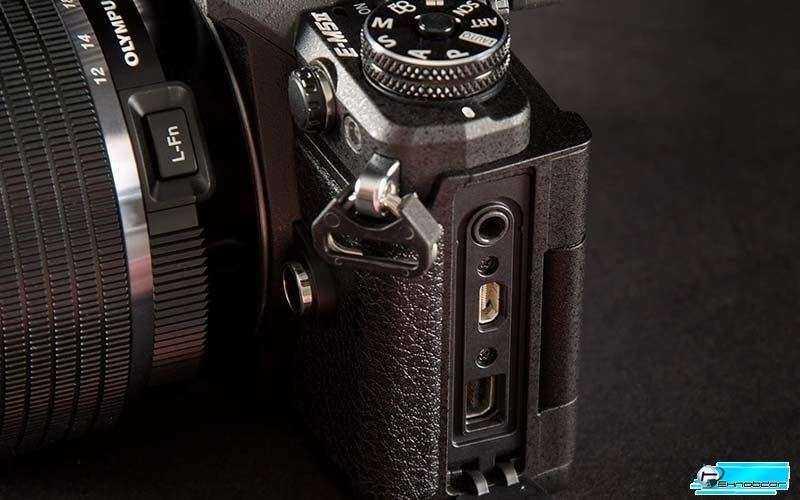 Фотокамера Olympus OM-DE-M5 Mark 2