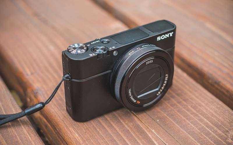 Новая камера Sony RX100 IV