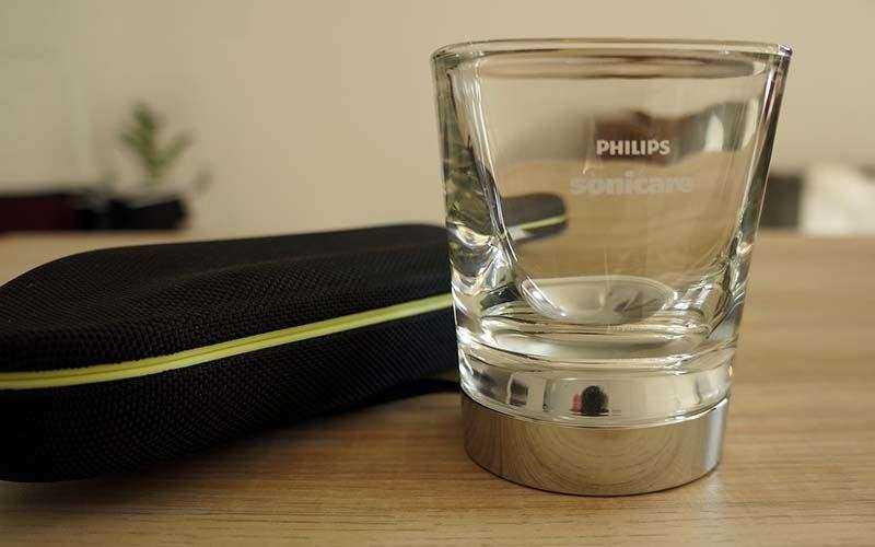 Зубная щетка Philips Sonicare DiamondClean