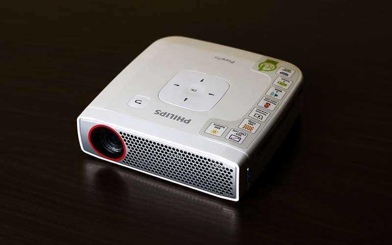 Проектор Philips PicoPix 4835