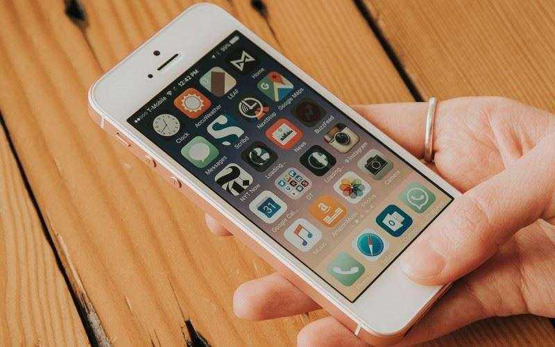 Малыш в 4-дюйма, Apple iPhone SE