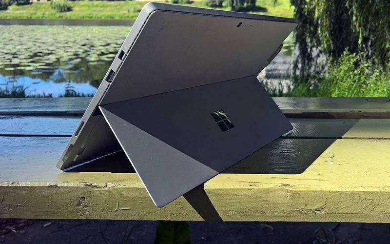 Surface Pro 4 подставка
