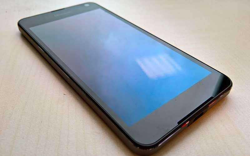 Lumia 650 - первые впечатления