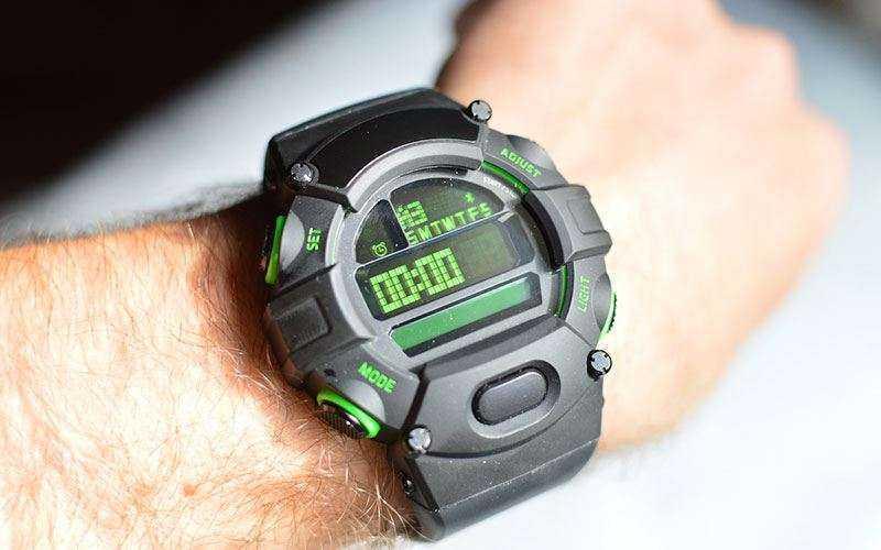 Внешний вид, комфорт и качество смарт-часов Razer Nabu Watch
