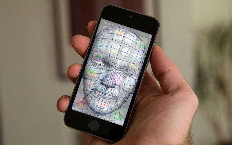 iPhone 8 будет иметь сканер радужной оболочки глаза и распознавания лиц.