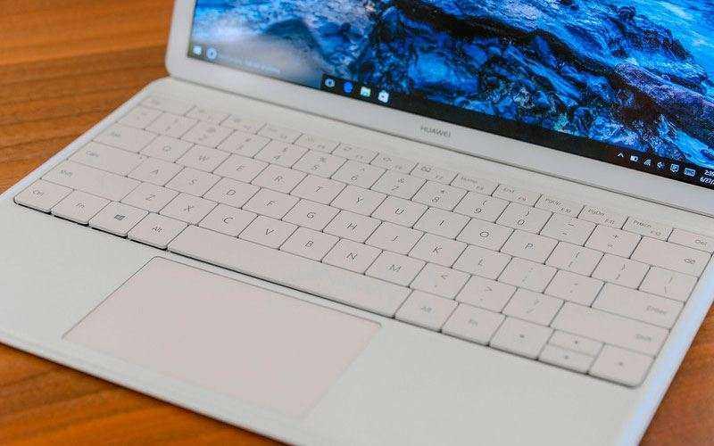 Huawei Matebook является смесью IPad Pro и Surface Pro 4