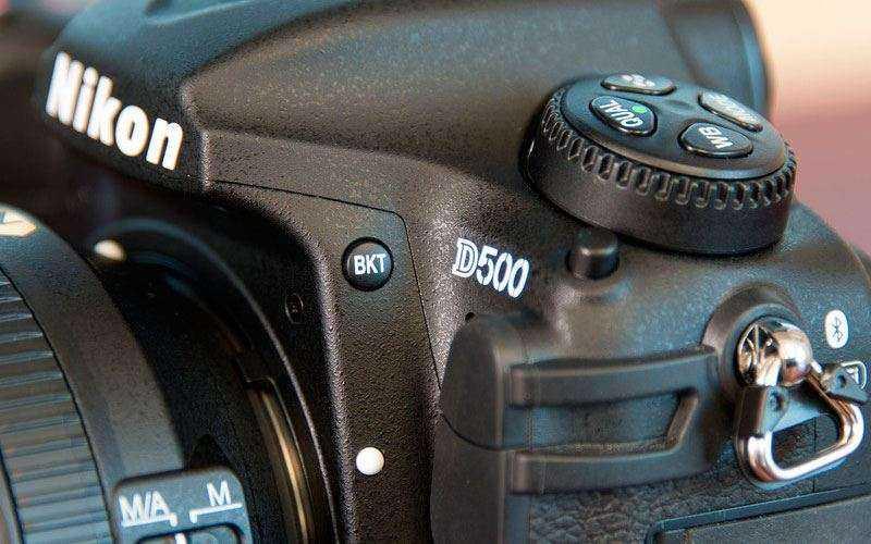 камера Nikon D500