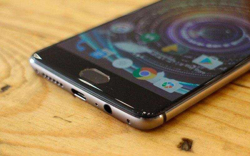 Экран и датчик отпечатков в OnePlus 3