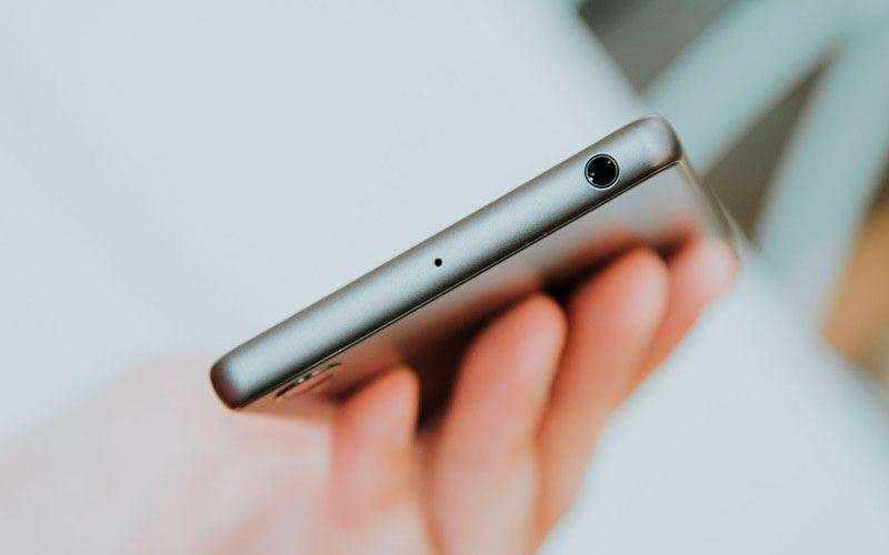 разъем Sony Xperia X