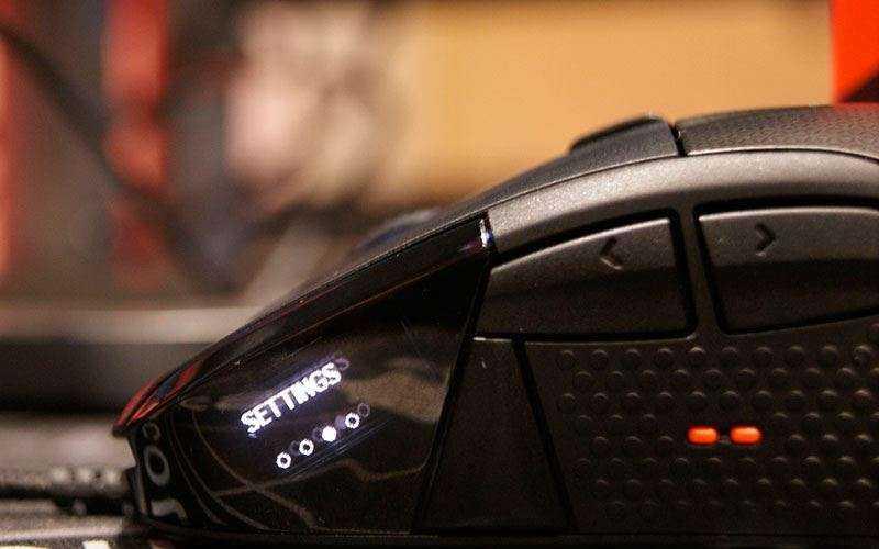 экран SteelSeries Rival 700
