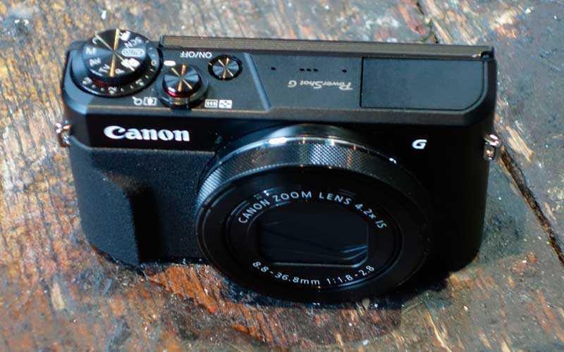 дизайн Canon PowerShot G7X Mark II