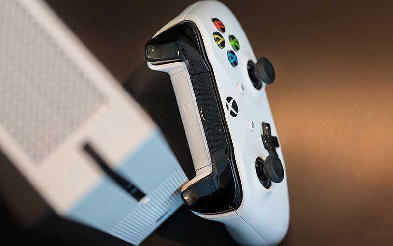 контролер Xbox One S