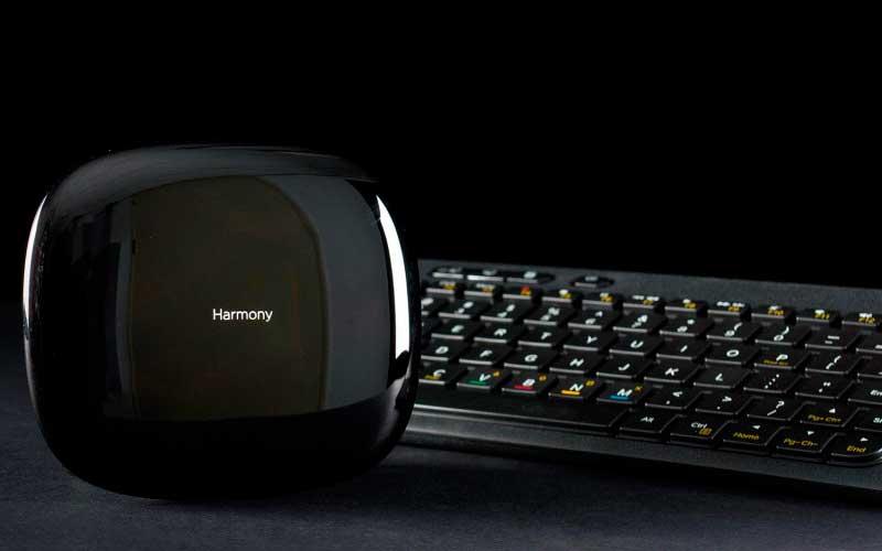Тест Logitech Harmony Smart Keyboard