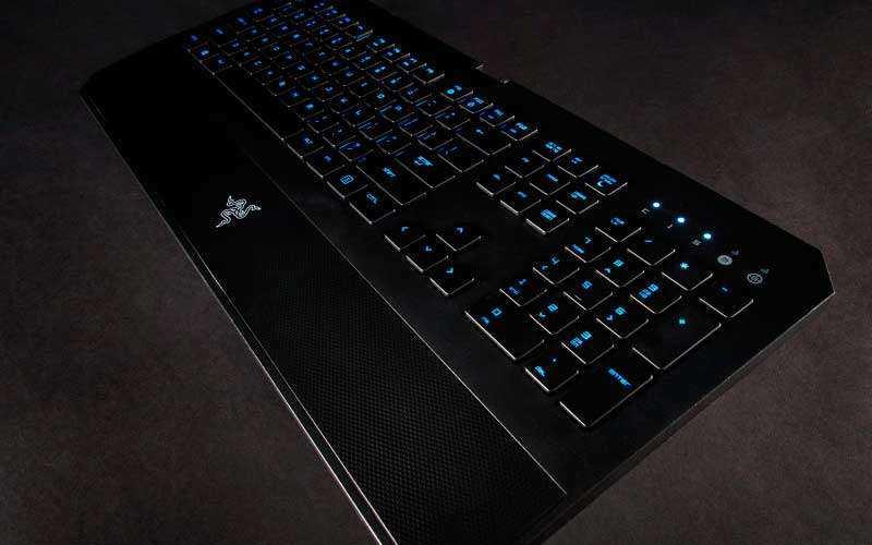 Клавиатура Razer Deathstalker Chroma