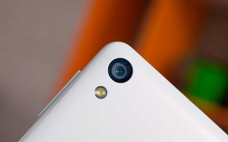 задняя камера Sony Xperia E5