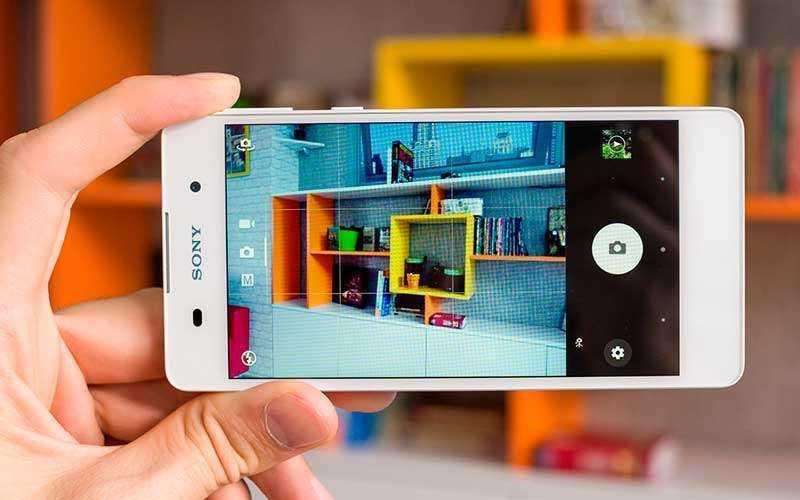 камера Sony Xperia E5