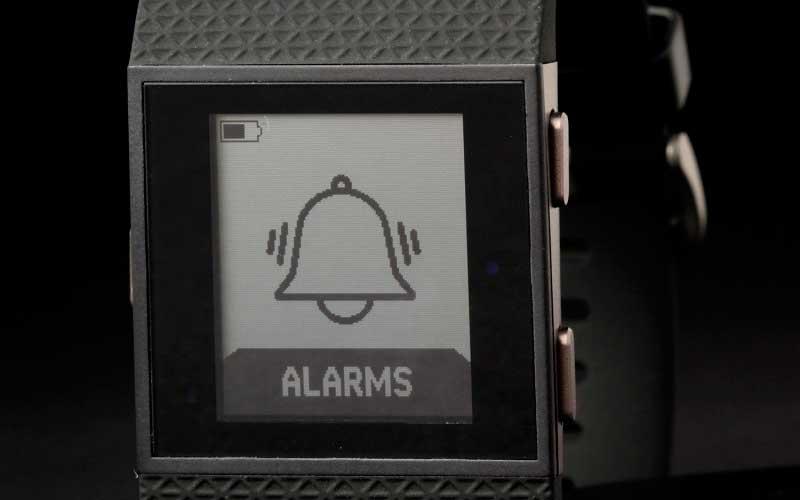 дисплей Fitbit Surge