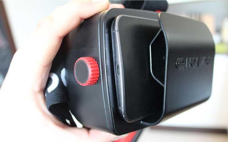 установка смартфона в Homido VR