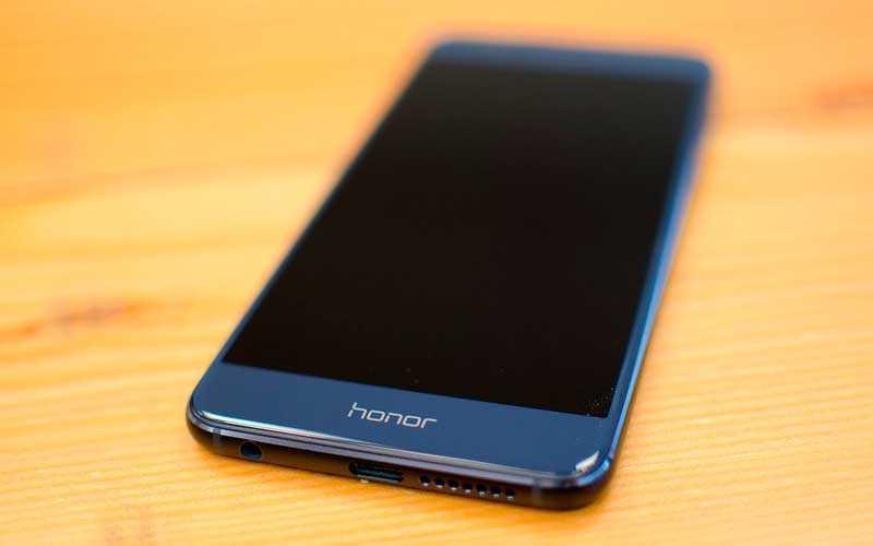 новый Huawei Honor 8