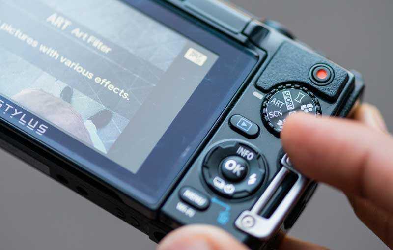 камера Olympus Stylus Tough TG-870