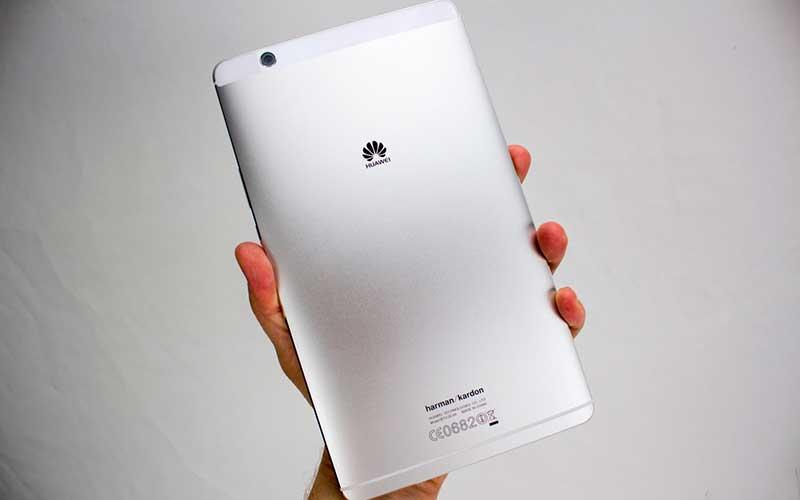 Huawei MediaPad M3 обзор