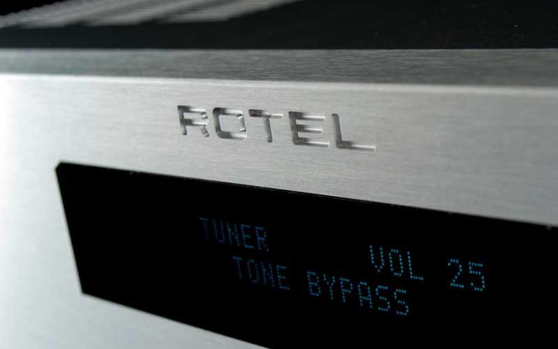 усилитель Rotel RA-1570