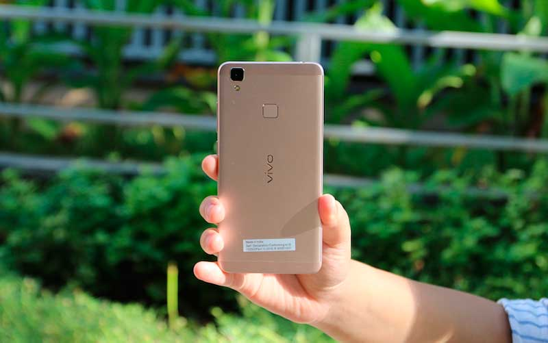 смартфон Vivo V3