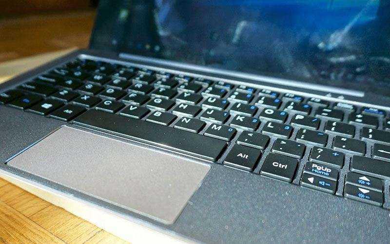 клавиатура и трекпад Chuwi HiBook Pro