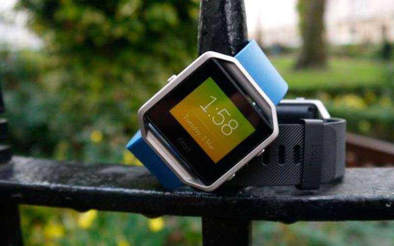 Fitbit Blaze обзор