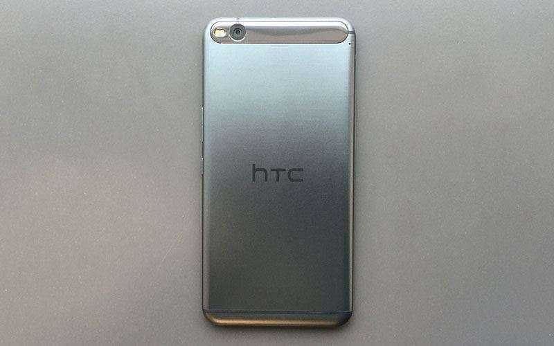 камера HTC One X9