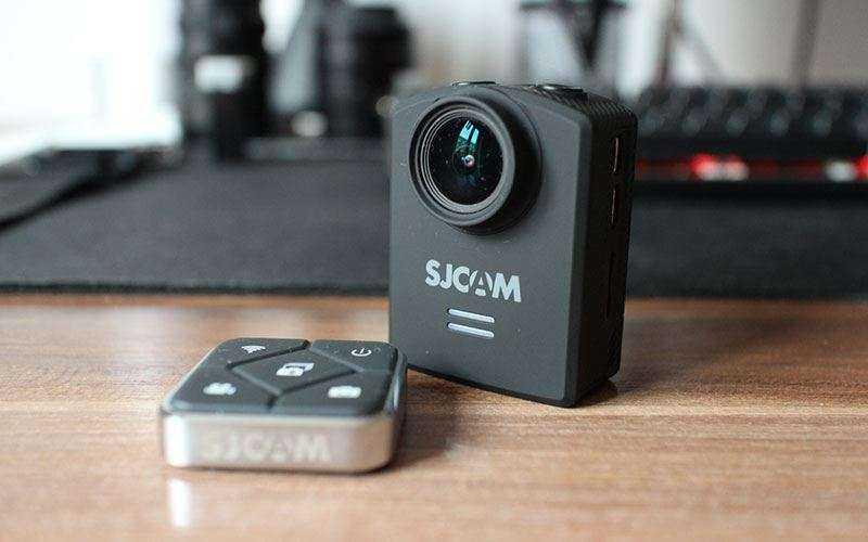 камера SJCAM M20 с пультом