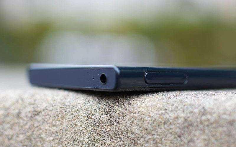 Sony Xperia X Compact тестирование