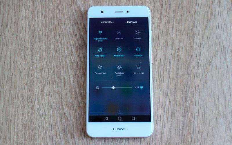 телефон Huawei Nova