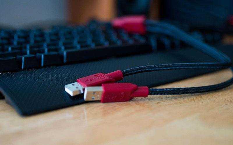 механическая клавиатура Corsair K65 RGB