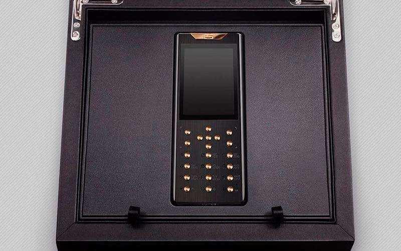 Роскошный телефон Gresso Meridian Diamond Edition