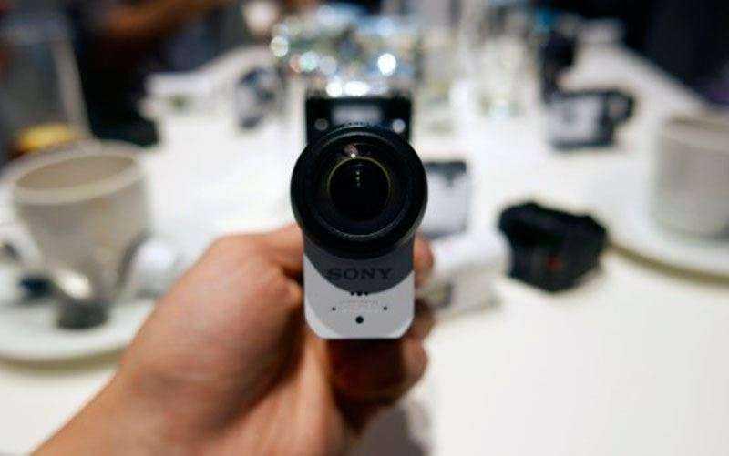 объектив Sony FDR-X3000R