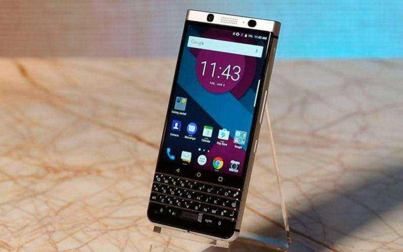 Взгляд BlackBerry Mercury
