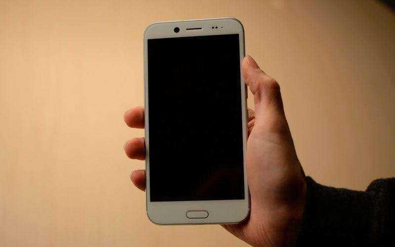 Дизайн и качество сборки HTC Bolt