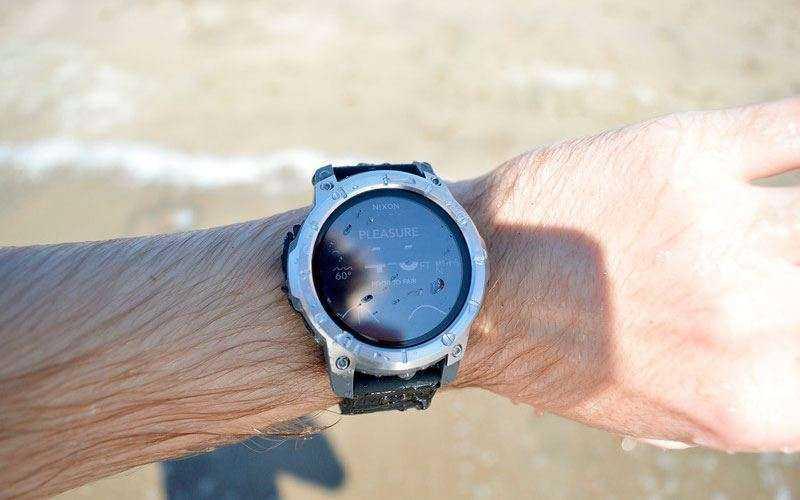 Умные часы Nixon Mission - Отзывы