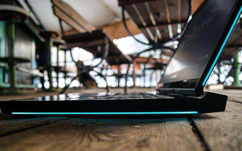 игровой ноутбук Alienware 17