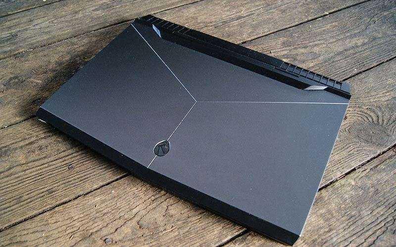 Игровой ноутбук Alienware 17 R4 - Отзывы