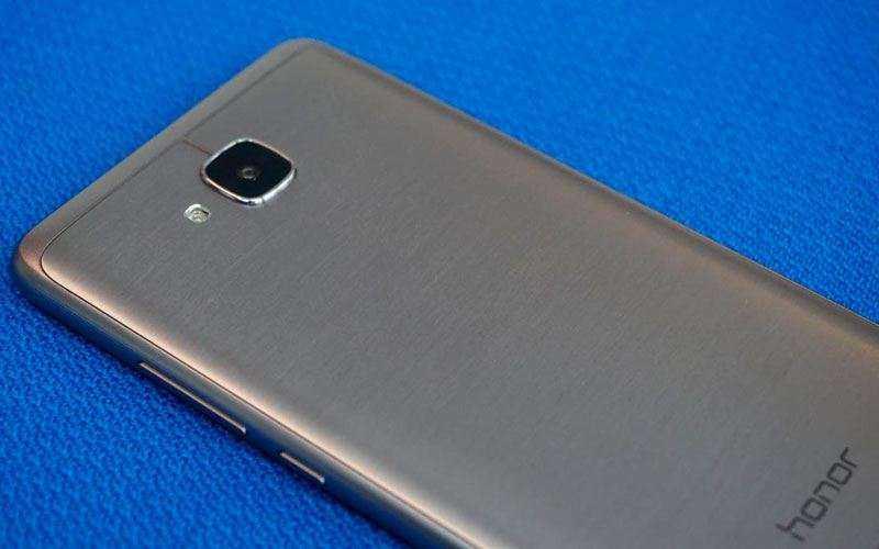Обзор Huawei Honor 5C