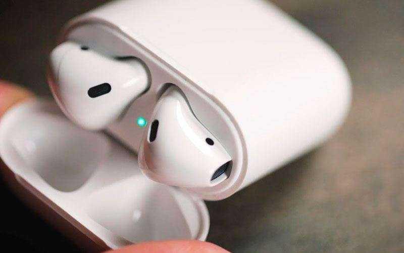 Apple AirPods обзор