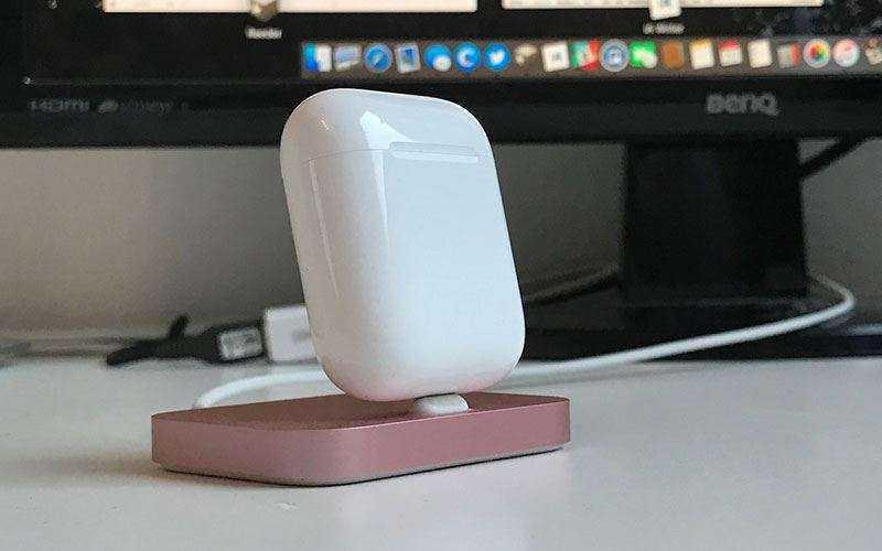 зарядка Apple AirPods