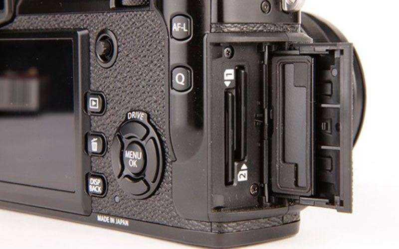 слоты Fujifilm X-Pro2