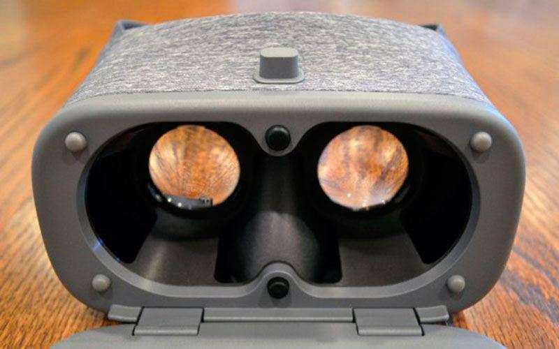 шлем Google Daydream View